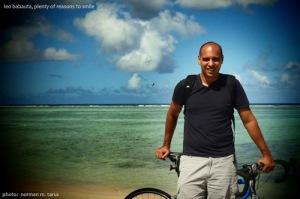 Ο Leo Babauto με ποδήλατο